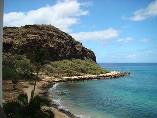 Hawaiian Princess at Makaha - Scenic, Secluded, Relaxing Beachfront 1BR/1BaCondo - Waianae vacation rentals