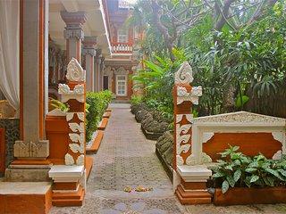 Nice 8 bedroom Resort in Kaliasem - Kaliasem vacation rentals