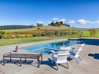 4BR, 3BA Luxury Vineyard Sonoma Retreat - 10+ Acre Estate w/ Private Pool - Sonoma vacation rentals