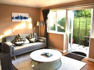 Manuka Tree - Serene Oxford Apartment - Headington vacation rentals