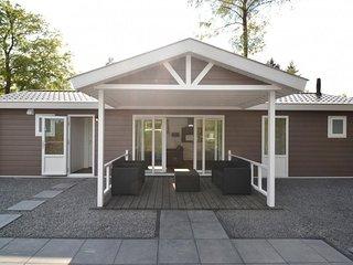 Allurepark de Thijmse Berg - Brons chalet 112 - Rhenen vacation rentals