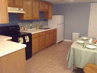 Apartment in great location, suburban - Seymour vacation rentals