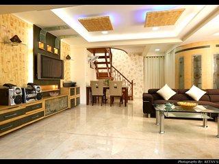 Royal Duplex Suite ( 3 Bedroom) Kandivali east - Kandivali vacation rentals
