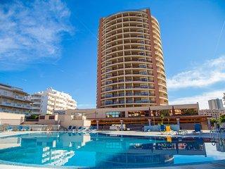 Yella Red Studio, Portimao, Algarve - Portimão vacation rentals