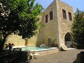 Venetian castle 15th Century, heated pool (owner Booking) - Rethymnon vacation rentals