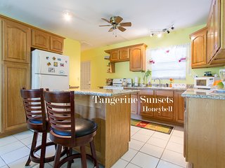 Tangerine Sunsets Honeybell - Nassau vacation rentals