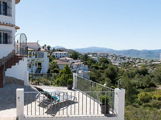 Beautiful 1 bedroom Apartment in Rafol de Almunia - Rafol de Almunia vacation rentals