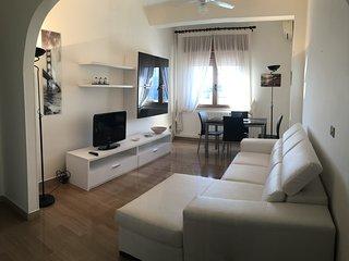 """Casa vacanze """"Arconti"""" sul mare di Reggio Calabria - Reggio di Calabria vacation rentals"""
