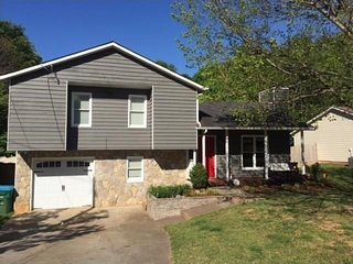 Peaceful home in Lake Community - Duluth vacation rentals