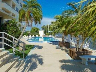 Condo Bella - Elegant Riverside Condo - Fort Myers vacation rentals