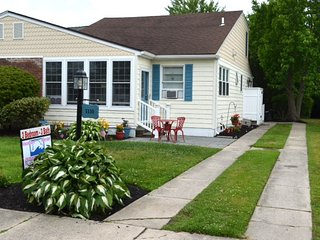 """The Gathering Place"" , Close to Beach and Town 92414 - Cape May vacation rentals"