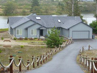 Gearhart Lakefront vacation Rental - Seaside vacation rentals