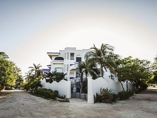 Natz Ti Ha F301 - Playa del Carmen vacation rentals