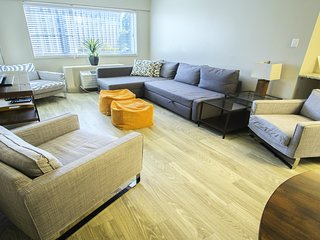 Two Bedroom Condo Music City Center of Downtown Nashville! 2FF2GZI - Nashville vacation rentals