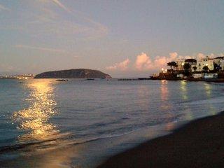 Cozy 2 bedroom Ischia Porto Condo with Television - Ischia Porto vacation rentals