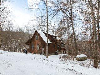 Couples Paradise | Hocking Hills - Logan vacation rentals