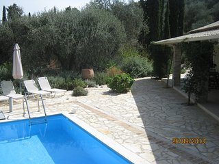 kassiopi corfu.cyprissi cottage - Kassiopi vacation rentals