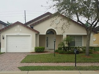 Comfortable House with Internet Access and A/C - Reunion vacation rentals
