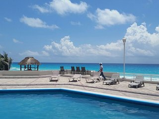 Rental  Condo in Cancun on the Beach!!! - Cancun vacation rentals