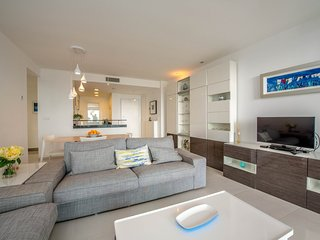 Cozy Punta Prima Es vacation Condo with Internet Access - Punta Prima Es vacation rentals