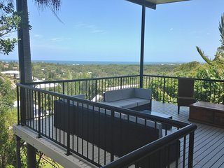 Squeaky Sands.  Hot views.  Cool comforts.  You won't want to leave. - Coolum Beach vacation rentals