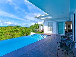Bright 4 bedroom Yapak Villa with Internet Access - Yapak vacation rentals