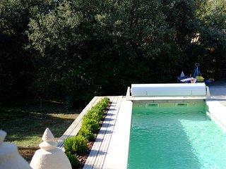 Perfect 4 bedroom Vers-Pont-du-Gard House with Internet Access - Vers-Pont-du-Gard vacation rentals