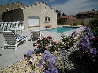 Les  Lauriers Roses Chambre d'hôtes - Bourg-les-Valence vacation rentals