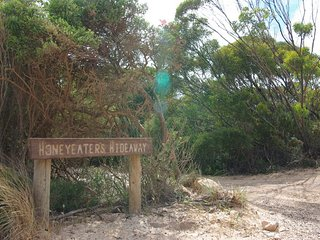 Honeyeaters Hideaway in Vivonne Bay - Seal Bay vacation rentals