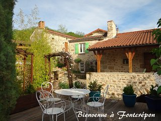 Nice Gite with Hot Tub and Television - Vic-le-Comte vacation rentals