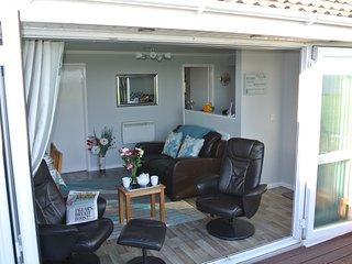 Cornell lettings Sea View Retreat - Corton vacation rentals