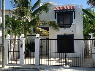 4 bedroom House with Internet Access in Cancun - Cancun vacation rentals