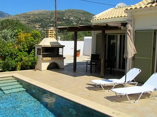 Caretta Beach Villa (Sleeps 2) with pool and located on the back of Turtle Beach - Skala vacation rentals