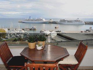 Excelente Apartamento Centro do Funchal - Funchal vacation rentals