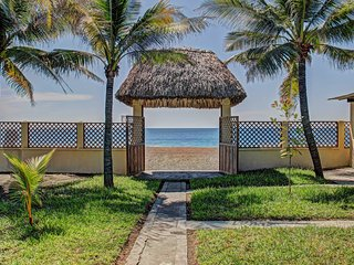 NEW! 4BR Guatemala Villa w/Beach Access! - Monte Rico vacation rentals