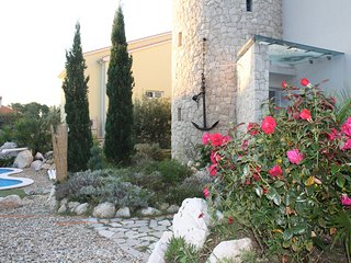 """Suite Luxus """"STARO SIDRO""""da 100 mq più lastrico solare con vasca idromassaggi - Petrcane vacation rentals"""