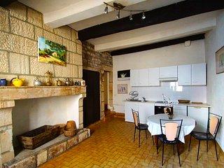 Nice 1 bedroom Condo in Saint-Privat-de-Champclos - Saint-Privat-de-Champclos vacation rentals