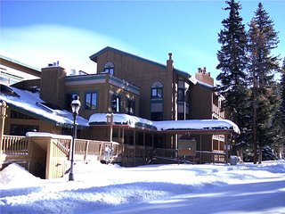 Affordable  2 Bedroom  - Atrium 104 - Breckenridge vacation rentals