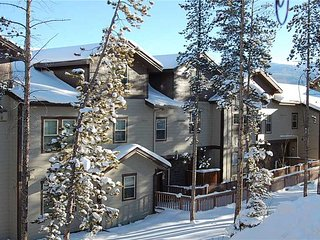 Nice 2 bedroom Condo in Fraser with Balcony - Fraser vacation rentals