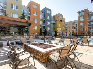 Beautiful Little Raven Street Apartment by Stay Alfred - Denver vacation rentals