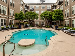Attractive 4th Street Apartment by Stay Alfred - Memphis vacation rentals