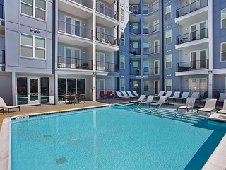 Gorgeous Elliston Place Apartment by Stay Alfred - Nashville vacation rentals
