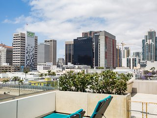 Beautiful 10th Avenue Apartment by Stay Alfred - San Diego vacation rentals