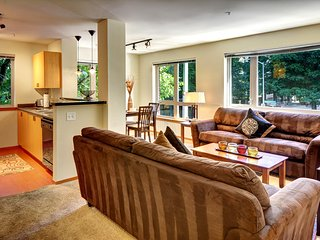 Amazing 4th Avenue Apartment by Stay Alfred - Seattle vacation rentals