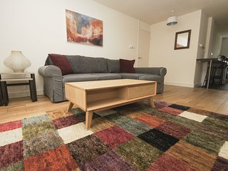 2 bedroom Apartment with Internet Access in Brighton - Brighton vacation rentals