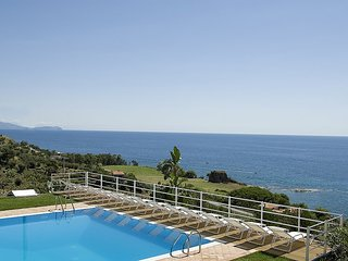Nice House in Acciaroli with A/C, sleeps 8 - Acciaroli vacation rentals