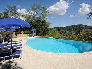 Nice 2 bedroom Montisi House with Deck - Montisi vacation rentals
