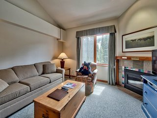 Hearthstone Lodge Village Ctr - HS303 - Sun Peaks vacation rentals