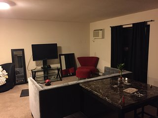 1 bedroom Condo with Internet Access in Hackensack - Hackensack vacation rentals