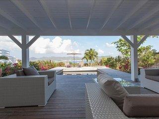 Romantic Blue Getaway - Terres Basses vacation rentals